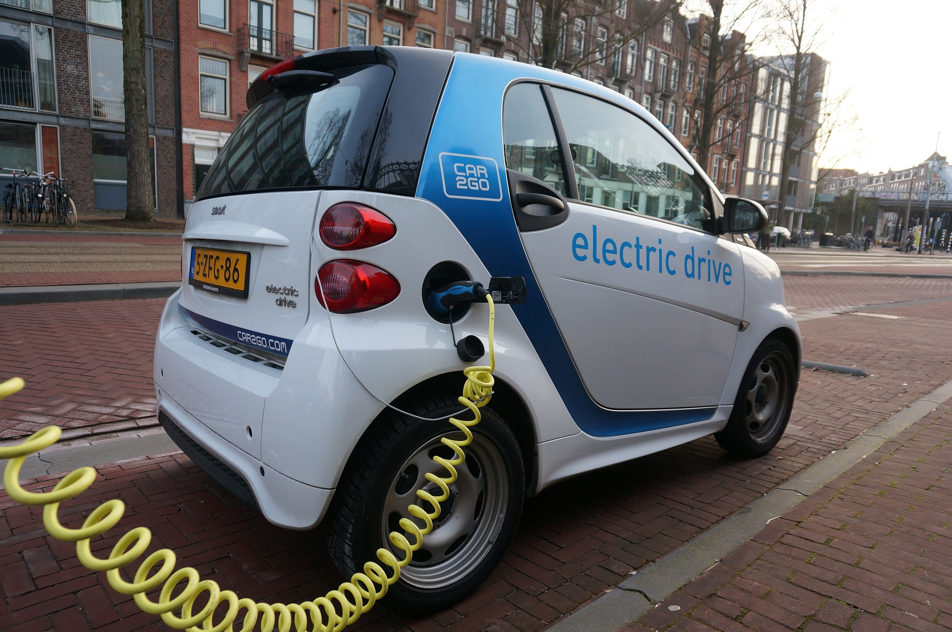 Electric Vehicles: Know Everything About Them