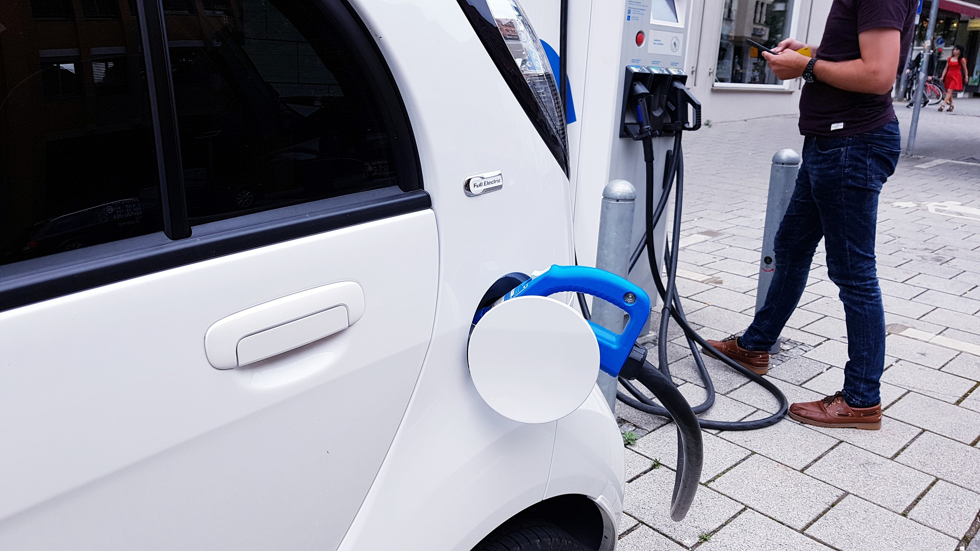 Why Hybrid Cars Are So Popular?
