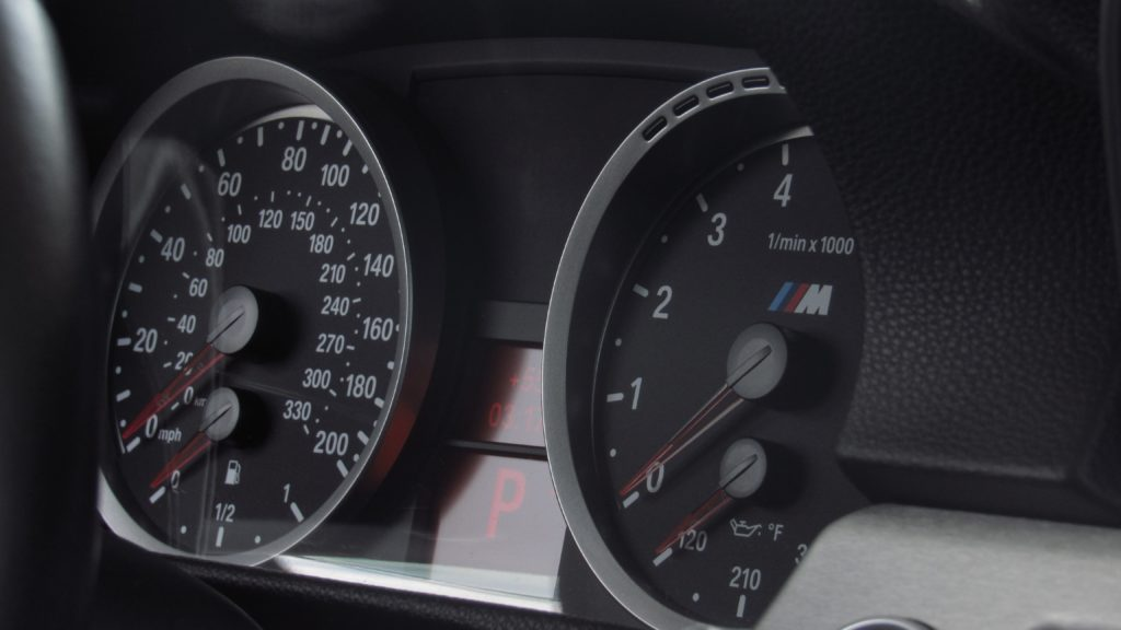 The Best Wideband Gauge: How To Choose?
