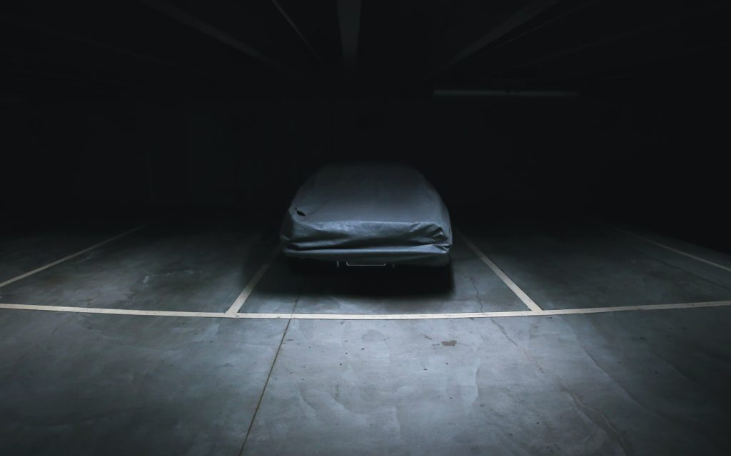 A Guide To Finding The Best Waterproof Car Cover